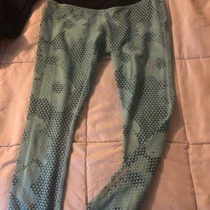 Nike Capri dryfit workout pants